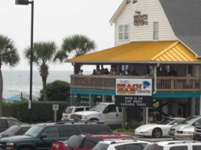 Surfside Entertainment and Dining
